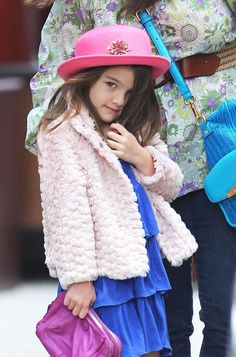 Suri Cruise, what a fashionista! #Kids #Clothes #Celebrities   http://www.devlishangelz.ca/