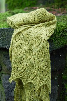 Spring Leaves Blanket Knit Pattern (free)