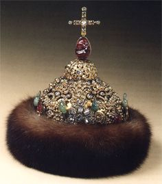 The crown of Peter Alekseevich was created by Kremlin jewelers. A similar crown was made for his elder brother, crowned at the same time. The decor of the crown represents specific features of Russian jewelry of the late XVIIth century Royal Crown Jewels, Royal Crowns, Royal Tiaras, Tiaras And Crowns, Russian Jewelry, Royal Jewelry, Vintage Jewelry, Jewellery, Diamond Crown