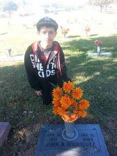 ME AT MY DADS GRAVE