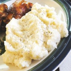 "Roasted Garlic Mashed Potatoes | ""Russet potatoes are blended with roasted garlic, butter and milk. This recipe is a standard."""