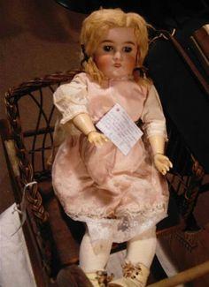 Antique Victorian Doll by specialoftheweek on DeviantArt Vintage Porcelain Dolls, Antique Dolls, Vintage Dolls, Victoria Reign, Queen Victoria, Victorian Toys, Creepy Dolls, Sweet Memories, British History