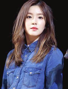 for red velvet's leader, irene! Seulgi, Bad Boy, Redvelvet Kpop, Rapper, Velvet Hair, Haircuts For Long Hair, Red Velvet Irene, Most Beautiful Faces, Velvet Fashion