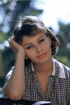 ❤️❥@p̶vѕв143❣❤️ #SophiaLoren 1958