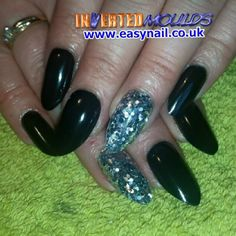IMs by Kerry O'Connor:  Instagram photo by invertednailsystems - http://instagram.com/p/12dPEDhGIo/  IMs from www.easynail.co.uk   Acrylic powders from www.thenailartist.co.uk   #Invertedmoulds #enuk #ims #nails #nailart #acrylicnails #nailporn #nailgasm
