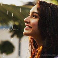 Cool and Beautiful Images Of Shraddha Kapoor On Bollywood Camp Bollywood Girls, Indian Bollywood, Bollywood Stars, Bollywood Fashion, Prettiest Actresses, Beautiful Actresses, Beautiful Bollywood Actress, Most Beautiful Indian Actress, Indian Celebrities