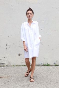 White Shirt + Sandals // viennawedekind.com