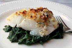 This is a great way to cook fish, especially if you are skeptical or nervous abo… - Fisch Rezepte Ideen Fish Recipe Low Carb, Breaded Fish Recipe, Blackened Fish Recipe, Baked Fish, Cod Fish Recipes, Baked Cod Recipes, Seafood Recipes, Fish Dishes, Seafood Dishes