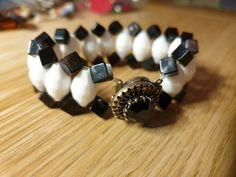 Beaded Bracelets, Plastic, Vintage, Collection, Jewelry, Fashion, Moda, Jewlery, Jewerly