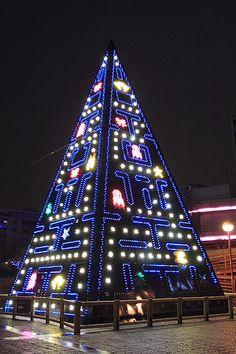 Pac-Man Christmas Tree
