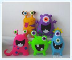 Happy Monster, Felt Monster, Monster Birthday Parties, Monster Party, Wool Dolls, Fondant Animals, Felt Patterns, Animal Crafts, Creative Kids