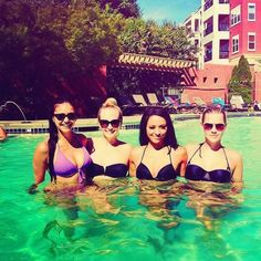 Nina Dobrev, Candice Accola, Kat Graham & Claire Holt - Fab girls of the TVD Cast. <3