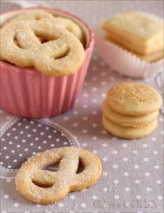 Biscotti danesi al burro o Danish butter cookies ! Meglio degli originali ! ;) #biscotti #burro #danesi #danish #butter #cookies #pretzel