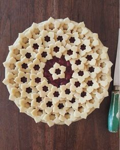 decorative pie crusts: pie crust with flower cut outs