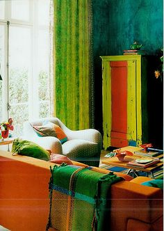 Tricia Guild is my kindred spirit in all matters relating to color and pattern- living room in her London Townhouse, featured in her book In Town. Room Colors, Colorful Room Decor, Furniture, Interior, Eclectic Interior, Colorful Interiors, Tricia Guild, Designers Guild, Sofa Pillow Sets