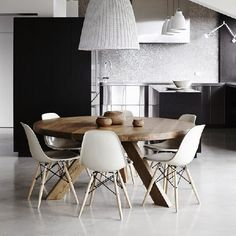5 of the best contemporary dining chairs for your table, your living room and more! (photo Elle Decoration UK)