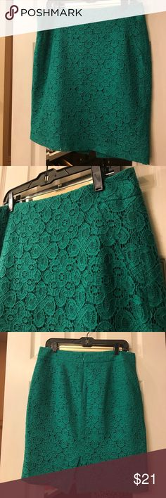 Printed Skirt Teal threaded printed skirt! Perfect with a pair of nude heels!!!😍 Length hits just above the knee. The Limited Skirts Midi