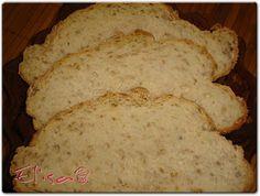 Pan con semillas de lino Pan Bread, Food, Buns, Homemade, Essen, Meals, Yemek, Eten