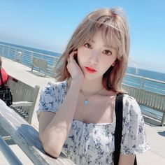 Beautiful, Gorgeous, Goddess Miss Miyawaki Sakura 😍😚 Kpop Girl Groups, Kpop Girls, Yuri, Korean Girl, Asian Girl, It Icons, Sakura Miyawaki, Survival, Fandom