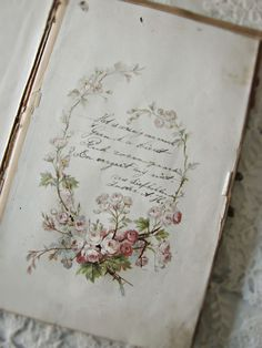 Books & Reading nooks Typography Beautiful vintage book page gorgeous handwriting Italian swimsuit i Vintage Love, Vintage Books, Vintage Shabby Chic, Vintage Ideas, Antique Books, Vintage Antiques, Vintage Accessoires, Jolie Photo, Rose Cottage