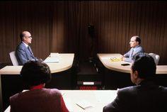 Valéry Giscard d'Estaing face à François Mitterrand, dans un débat opposant les deux candidats lors du deuxième tour des élections présidentielles de 1981. De dos les journalistes, Michèle Cotta et Jean Boissonnat arbitrant le débat avec @redactionina