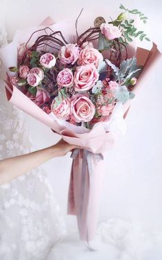 Flower Bouquet For Girlfriend Valentine's Day Pink Roses bouquet for girlfriend Flower Bouquet For Girlfriend Valentine's Day Pink Roses Valentine Flower Arrangements, Beautiful Flower Arrangements, Floral Arrangements, Valentine Bouquet, Valentines Flowers, Boquette Flowers, Beautiful Flowers, Flowers For Mom, Mothers Day Flowers