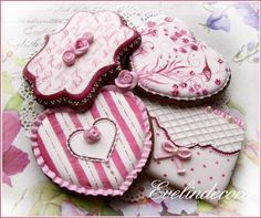 A place for people who love cake decorating. Fancy Cookies, Vintage Cookies, Cute Cookies, Cupcake Cookies, Elegant Cookies, Iced Sugar Cookies, Royal Icing Cookies, Cookie Frosting, Valentines Day Cookies