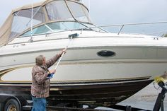 Wondering how to clean your boat after use in salt water? At Safeguard, our boat storage experts detail the steps you should take. Learn more! Boat Storage, Self Storage, Boat Cleaning, Spring Cleaning, Best Boats, Aluminum Boat, Salt And Water, Surfboard