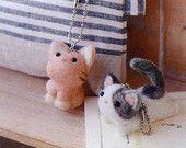 Kawaii Cat Ballchains Strap - Japanese Needle Acrylic Fiber Felt  DIY Kit - Felice dolce -  Hamanaka Aclaine Kit -  F87