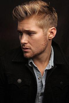Medium Blonde Hair, Blonde Guys, Brown To Blonde, Medium Hair Cuts, Dark Blonde, Dark Hair, Short Hair Cuts, Short Hair Styles, Dark Brown