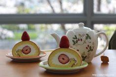 Souffle  Strawberry Rollcake