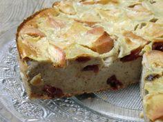 Après le  far breton , j'ai fait ce délicieux clafoutis   pommes-cranberries avec le reste de lait de soja à la vanille.   J'adore ce gen...