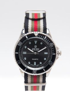 Rolex Watch are coming back with nato stripes as it started to appear in many different sites. Caze C.