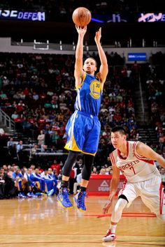 3.17.13   The #SplashBrothers combined for 55 points on 11-of-20 shooting from deep.