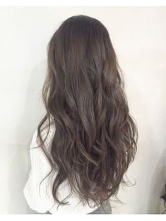 Neue Frisuren Korean Color 30 Ideen, You Korean Wavy Hair, Korean Hair Color, Korean Hairstyle Long, Korean Perm, Korean Hairstyles, Long Asian Hair, Asian Ash Brown Hair, Korean Curls, Korean Haircut Long