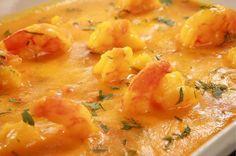 Receita de Bobó de Camarão Baiano. Saiba os ingredientes e o passo a passo para fazer bem fácil.