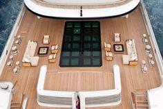 serene yacht pont exterieur