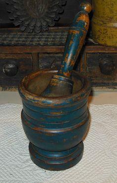 19th.c mortar & pestle in old original blue paint