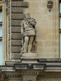 HD photographs of Duc de Sully statue sculpted by Vital Dudray located on the Rotonde de Beauvais wing at Musee du Louvre in the Arrondissement of Paris. Sully, Beauvais, French Sculptor, Louvre, Legion Of Honour, Paris Images, Stone Statues, France, Image Shows