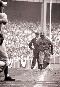 inning of Jackie Robinson on his way toward stealing home. Dodgers lost the game but won the Series in 7 games. First time in 5 tries the Dodgers beat the cross-town Yankees to win the Series. Dodgers Baseball, Baseball Players, Baseball Memes, Baseball Videos, Baseball Wall, Pro Baseball, Mlb Players, Baseball Equipment, Baseball Stuff