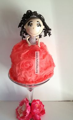 Handmade Quinceañera doll in the center of a giant Martini vase. Decorated with flowers. Would look elegant and unique as a centerpiece in a Quinceañera party or sweet 16. Can be made any colors to match your theme. see more facebook.com/fofuchashandmadedolls  to order visit www.fofuchas.org #fofuchas #quinceanera #crafts