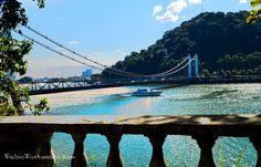 Ponte Pênsil do lado da Praia Grande