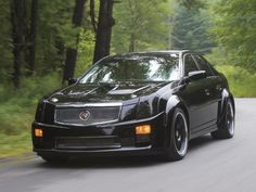 Discover the 2014 Cadillac CTS-V sedan that features a 556 HP V8 engine moving it from 0-60 in a blistering 4. Description from quazoo.com. I searched for this on bing.com/images