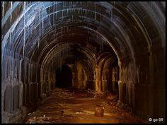 Geheimnisvolle unterirdische Gänge unter Europa entdeckt
