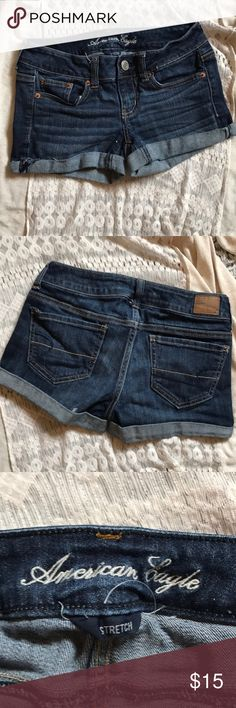 AMERICAN EAGLE shorts😍 AMERICAN EAGLE shorts😍 size 0 in good condition American Eagle Outfitters Shorts