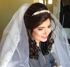 #ThrowbackThursday to this #PrincessBride  How gorg is she?! Hair by #WeddingHairbySorahYaffa​ | Book an appointment today and see your #hairdreamscometrue