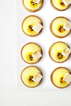 passion fruit tarts//