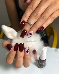 20 Modelos de Unhas desenhadas com flores fáceis de desenhar Fancy Nails, Red Nails, Cute Nails, Hair And Nails, Cool Nail Designs, Acrylic Nail Designs, Nagellack Trends, Butterfly Nail, Nail Patterns