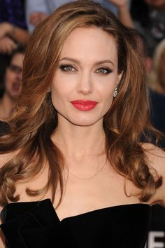 Screen Siren--Angelina Jolie