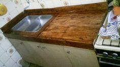 Mesada realizada con madera de pallet By Rucula Design